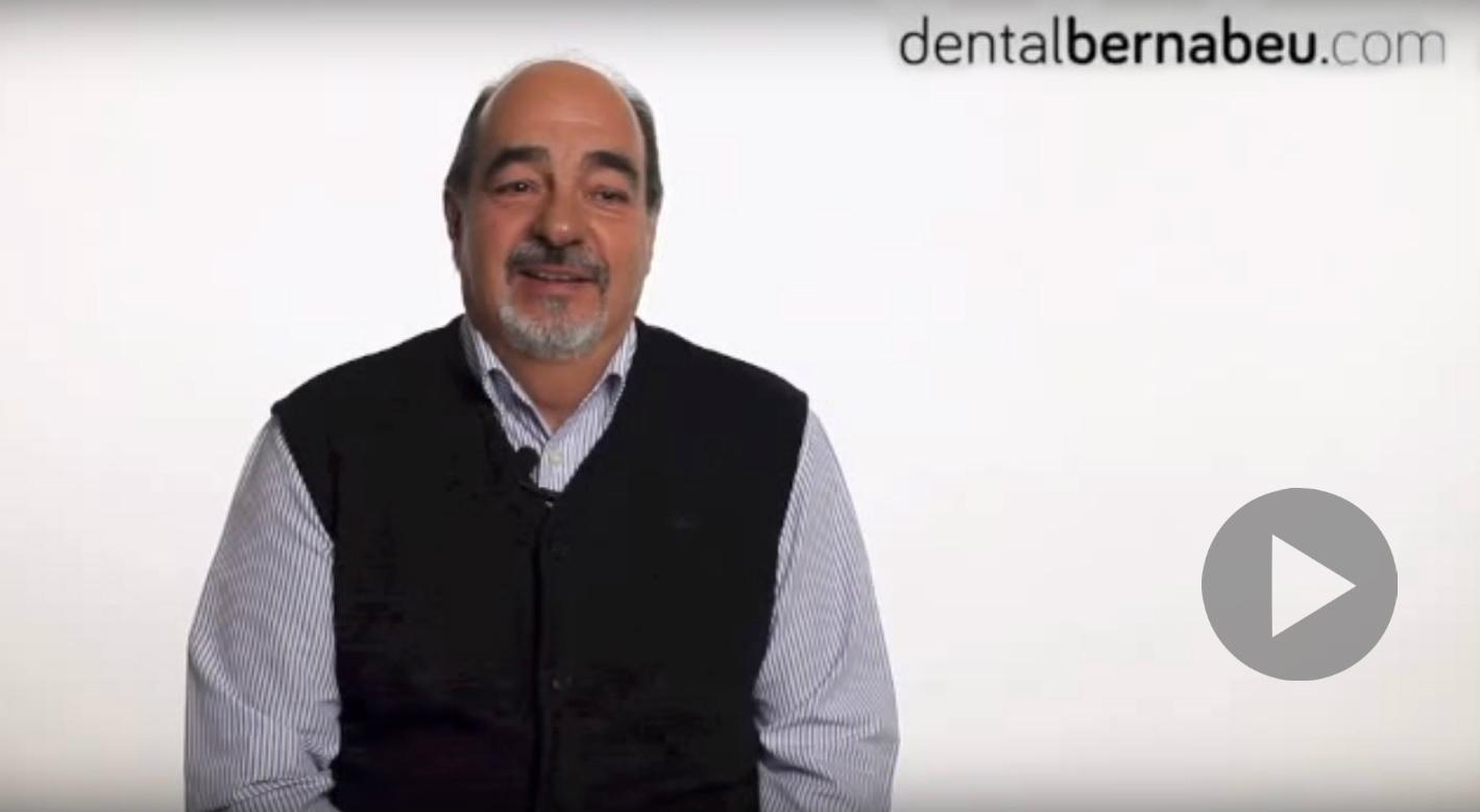 tratamiento de implante dental con la técnica all on four